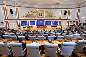 Пока Лукашенко ведет пресс-конференцию Великобритания ввела новые санкции в адрес Беларуси