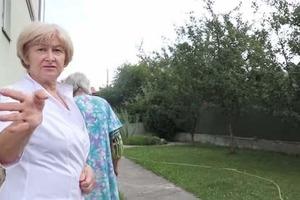 Фекалии, вонь и трупы носят по ночам. Под Киевом нашли подпольный дом престарелых