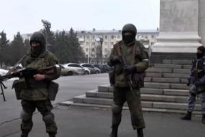У Луганську бойовики зняли оточення будівлі, в якій барикадувалися Плотницький