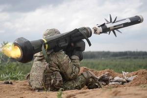 Порошенко: противотанковые комплексы Javelin поставят за счет США