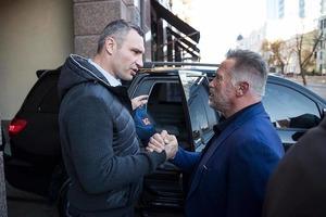 Терминатор в Киеве. Известный голливудский актер в восторге от Украины