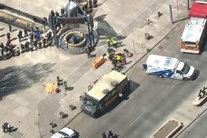 Давил пешеходов прямо на улице - кровавое происшествие в Торонто