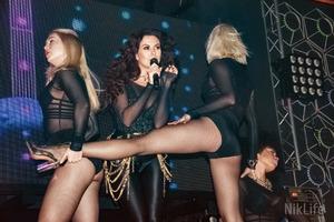 Настя Каменських показала «попу як у Кім»