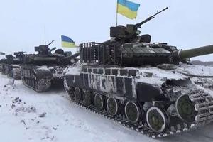 На Донбассе из-за неосторожного обращения с оружием погиб боец