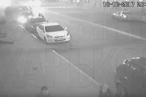 Опубликовано новое видео кровавой трагедии в Харькове