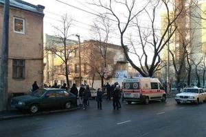 Кровавая бойня в Одессе. Преступник убит, трое полицейских ранены (видео 18+)