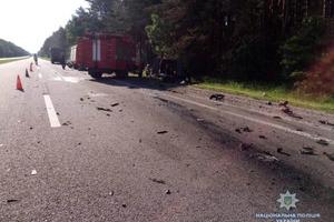 Шесть трупов: на Львовщине микроавтобус догнал грузовик