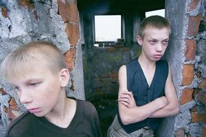 Катували, палили вогнем за копійки. У Житомирській області засудили банду дітей, які тероризували ціле село