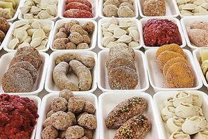 Рак гарантирован: медики назвали 5 самых опасных дешевых продуктов питания