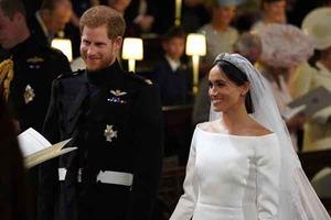 Появились первые фото Меган Маркл в свадебном платье