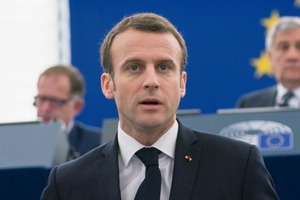 Макрон уже не хоче запрошувати Путіна на саміт Великої сімки