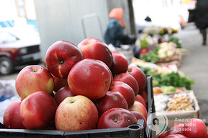 7 найшкідливіших для здоров'я ягід і фруктів