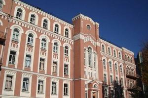 Главный врач Александровской больницы Киева утверждает, что лечения от нового штамма коронавируса Дельта+ нет