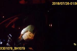 П'яний суддя суду покусав патрульного в Одесі (відео 18+)