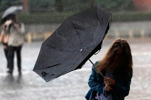 У Києві синоптики оголосили штормове попередження