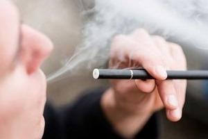 Учёные: Электронные сигареты взрывают ДНК человека
