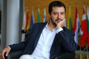 Мігранти та бюджет. Віце-прем'єр Італії заявив про можливий розвал ЄС