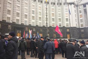 Кабмин до сих пор не подал в Раду законопроект об осовременивании пенсий военным
