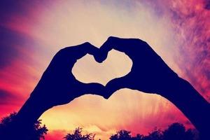 Прекрасный день для знакомств: любовный гороскоп на 19 января