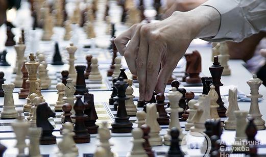 Рокировка на местах: сыграет ли ставка Порошенко?