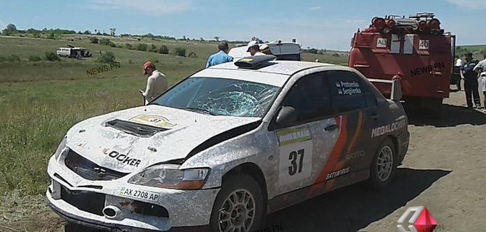 Наралли около Николаева гоночный автомобиль насмерть сбил мужчину