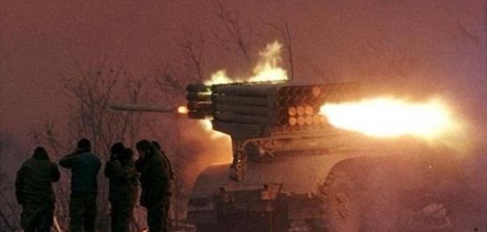 Бойовики розпочали обстріл житлових районів Авдіївки з«Градів», є поранений