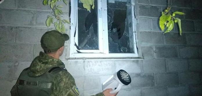 Авдеевка под обстрелом. Повреждены жилые дома