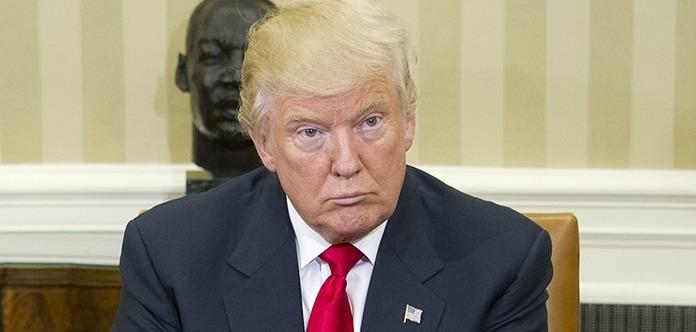 Уже 10 городов США требуют импичмента Трампа