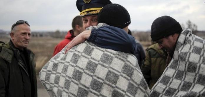 Вплену боевиков стало больше украинских заложников