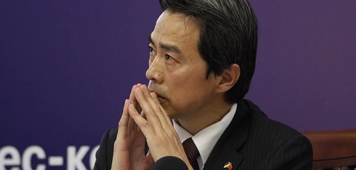 Китай заявил, что выступает за мирное решение