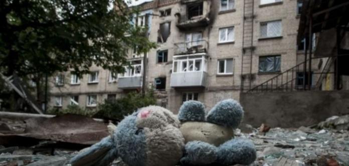 В итоге обстрела села вЯсиноватском районе ранен ребенок