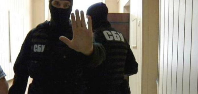 Дело на5 млн: СБУ провела обыски вгорсовете Херсона