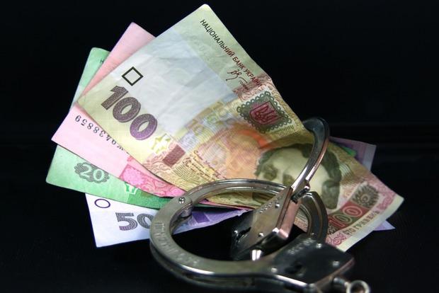 Ограничение расчетов «налом». В выигрыше банки и Минсоц