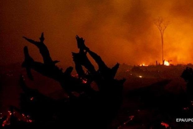 Власти докладывают  опервых жертвах— Пожары вКалифорнии