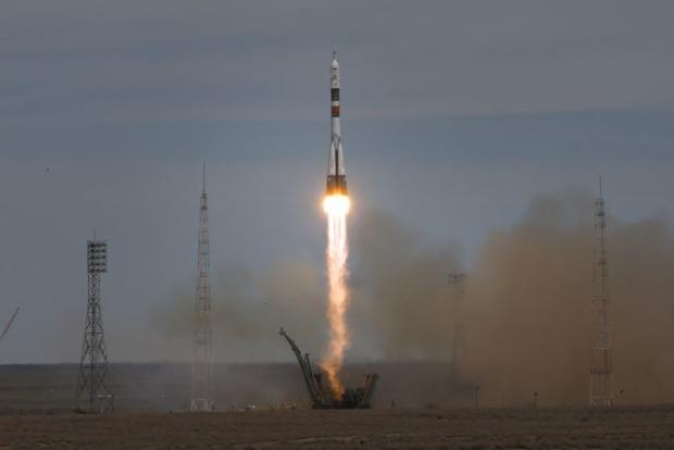 На российской ракете сразу после старта отключились двигатели
