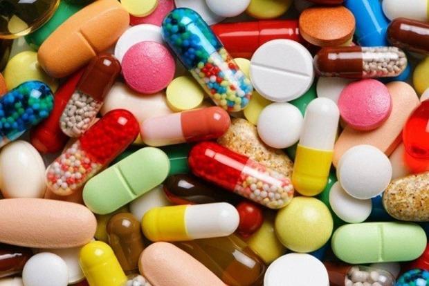 Комаровский рассказал, чем ни в коем случае нельзя лечить коронавирус
