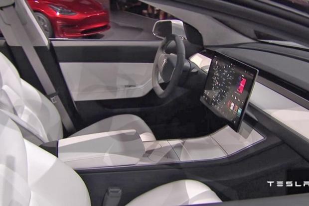 В автомобиле Tesla Model 3 не будет спидометра
