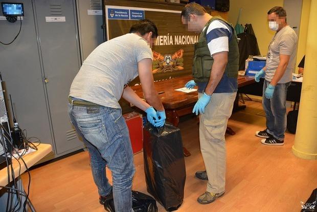 Кокаин из Аргентины в РФ везли правительственным самолетом
