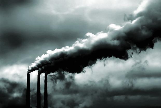 Воздух в Кременчуге отравлен ядовитым газом. Горожанам советуют сидеть дома