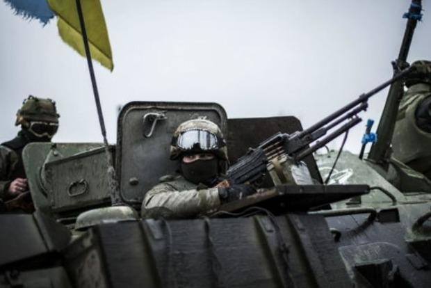 На Донбассе за сутки зафиксировано 15 обстрелов позиций украинских военных