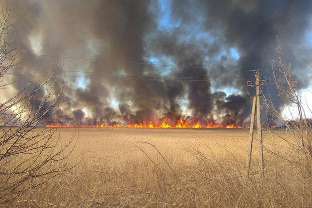 Пожары снова берут Киев в блокаду