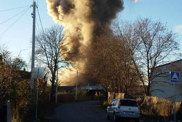 В России взлетел на воздух пиротехнический завод. Появилось видео