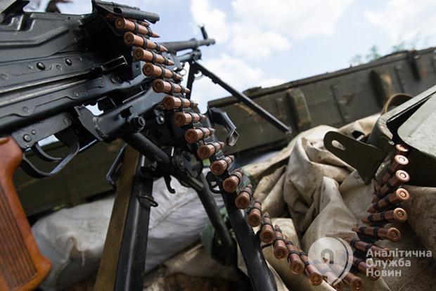 Сутки в АТО: 35 обстрелов, пятеро бойцов ВСУ ранены