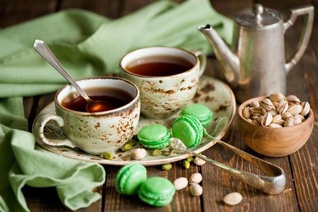 10 вещей, которые нельзя делать с чаем, но мы их делаем и вредим себе