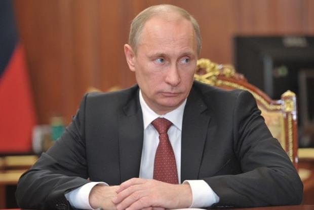 Путин ввел в действие ответные санкции против Украины