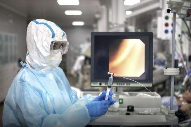 Вчений попередив про нову небезпеку COVID: в легких пацієнтів стали розвиватися гриби