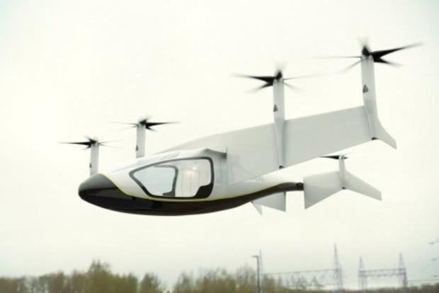Rolls-Royce представила летающее такси