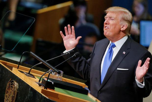 Президент США продлил нагод санкции вотношении Ирана