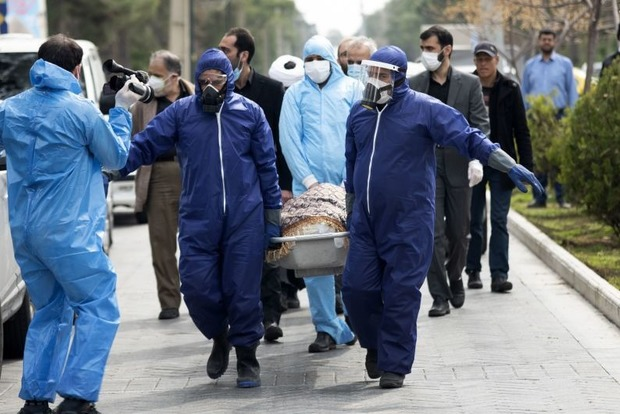 Российский паталогоанатом рассказал, как у них хоронят коронавирусных