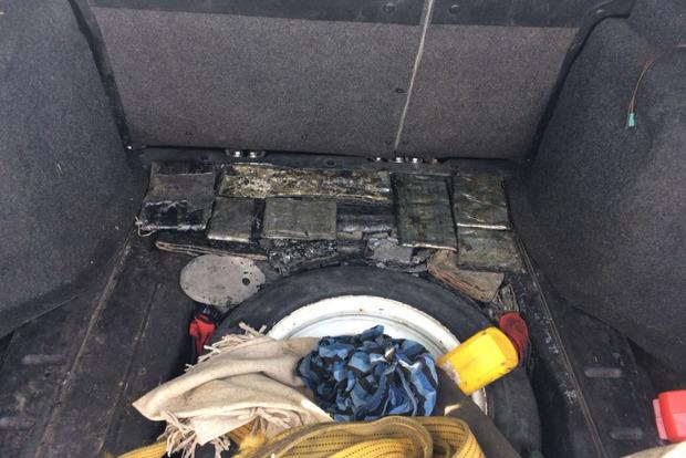 На Донбассе задержали машину с 300 кг свинца